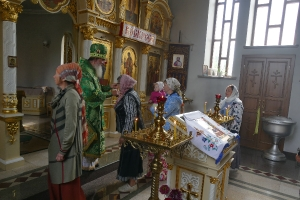 Петропавловка Литургия и молебен