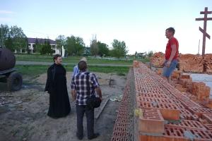 Строительство храма в Сыропятке